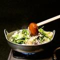 料理メニュー写真野菜がしんなりしてきたらかき混ぜる
