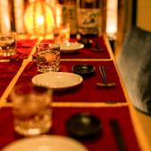 【宴会向け個室席】洗練された内装の個室席は居心地の良い空間が広がります。