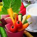 料理メニュー写真気まぐれ野菜の自家製バーニャカウダ