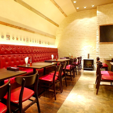 Italian Kitchen BUONO ヴォーノ ららぽーと TOKYO BAY店の雰囲気1