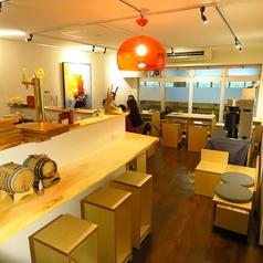 Cafe&Bar TILT labの雰囲気1