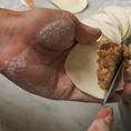 素材の味を活かす為、餡にはニンニクを一切不使用!