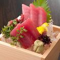 鮪の仲卸を豊洲に構える当店ならではの品質!自慢の日本酒とお召し上がり下さい。