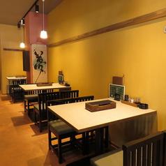 会社帰りのプチ飲み会にオススメ!!3名テーブル。4名テーブルをご用意しております。