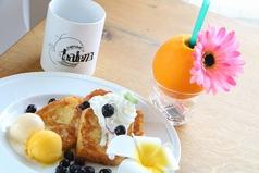 cafe&bar balena カフェ&バー バレーナ