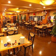 【3F】大中小様々なグループでご利用可能なテーブル席