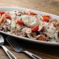 料理メニュー写真鶏ささみのミキュイとマッシュルームのサラダ~ポーチドエッグ添え~