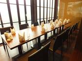 個室は4名~パーテーションで区切って、人数に合わせた個室をご用意。