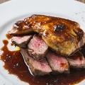 料理メニュー写真バンバンの1番人気!フォアグラと北海道産牛ヒレ肉のロッシーニ ~トリュフソース~