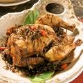 料理メニュー写真まるごと鶏の龍井茶香り煮