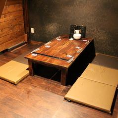 半個室のテーブル席。デートや女子会におすすめです!