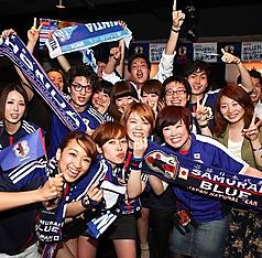 スポーツ好きメンバーが集まれば、スポーツ観戦も大盛り上がり!サークルの集まり等も大人気!