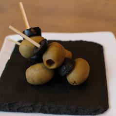 料理メニュー写真オリーブのピンチョス