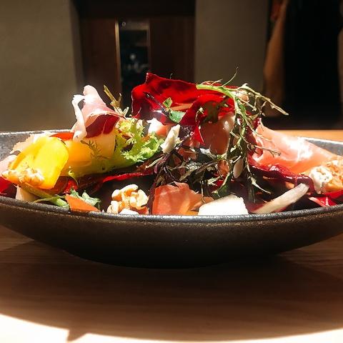 素材の味をしっかりと生かしたお料理はまさに絶品!有機野菜は美容にも抜群です♪