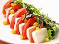 料理メニュー写真豆腐とトマトのゴマドレサラダ