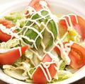 料理メニュー写真アボカドとトマトのサラダ