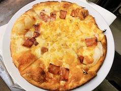 ふつうのピザ