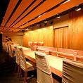 【1階 カウンター席】デート利用や、ランチ時に人気のお席となっております。