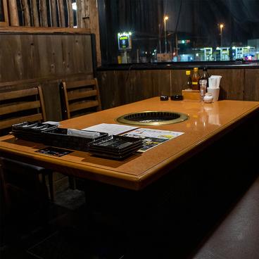肉屋の炭火焼肉 和平 西岩国店の雰囲気1