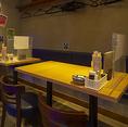 テーブル席 2名席×4卓