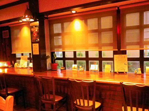 アメリカンテイスト溢れるアットホームで居心地の良いレストラン&バー♪