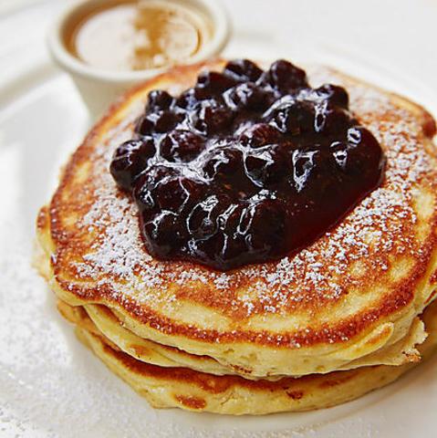 ニューヨークで大人気のパンケーキやオムレツも本場の味や雰囲気を忠実に再現!!