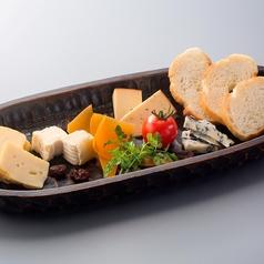 料理メニュー写真本日のチーズ5種