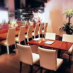 4人掛けテーブル席×5