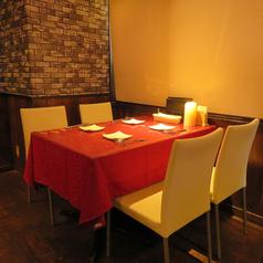 お席は雰囲気抜群の人気のお席♪ご友人と会社の方、恋人や女子会など様々なシーンにお勧めです。