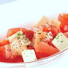 料理メニュー写真トマトとクリームチーズ