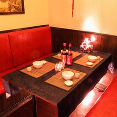 テーブル個室あり(4室/扉・壁あり)