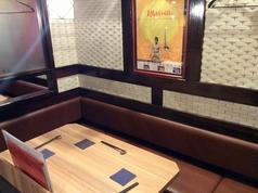 3~5名様までご利用いただけるテーブル席。