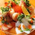料理メニュー写真鮮魚のカルパッチョ3点盛り