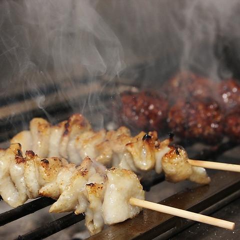 旨い焼鳥なら笑路!愛知県三河産の「錦爽鶏」を使用した極上の焼鳥をお楽しみください