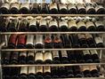 ワイナリーに並ぶたくさんのワインたち