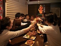 店奥の半個室は最大12名様までOK☆予約必至の人気席◎(要予約)