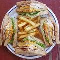 料理メニュー写真クラブサンドイッチ Club sandwich