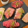 """50年以上肉と向き合った肉の匠""""野村商店""""で生み出された""""氷温""""熟成肉。氷温協会公認の氷温熟成肉を岩手を中心とする国産豚肉や牛希少部位のトモ三角肉等を用い、肉の旨味が最大限に引き出される熟成期間を試行錯誤の中で見極め使用。更に旨味を調理段階で引き出すため、遠赤外線効果の高い""""炭火焼""""でご提供♪"""