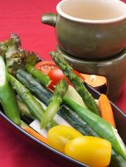 ●減農薬野菜のバーニャカウダ