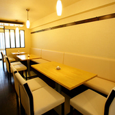 2階のテーブル席(奥)
