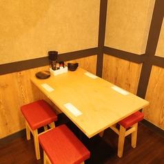 テーブル席を豊富にご用意!2時間の飲み放題もご用意しておりますので、ぜひお気軽にお問い合わせください!