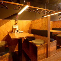 4名掛けボックス席は3卓ご用意◎隠れ家のような雰囲気が楽しいお席です◎女子会やデートにもオススメです♪※禁煙席
