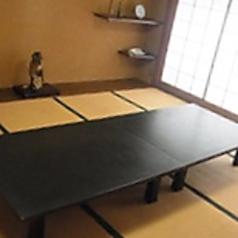 個室座敷は2名~10名まで対応可能で6室ございます。椅子テーブルも対応できます。