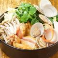 料理メニュー写真徳島県産 阿波尾鶏 ハマグリ香る地鶏すき鍋