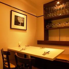 4名様テーブルを3卓ご用意しておりますが、状況に応じて席数を変えることもできます♪