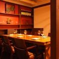 特別感がある個室でワイングラスを片手にVIPな気分が味わえます。最大6名様迄!ご予約お待ちしております。