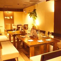 cafe&dining Bambi KARASUMAの雰囲気1