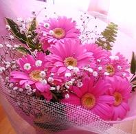 サプライズ特典・主役の方への花束プレゼント♪