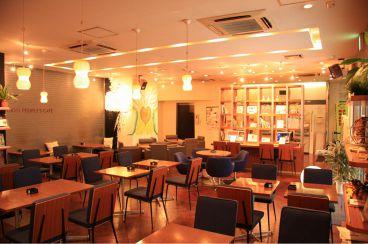 TOKYO People's Cafe 駒沢店の雰囲気1