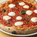 料理メニュー写真本場ナポリのマルゲリータ